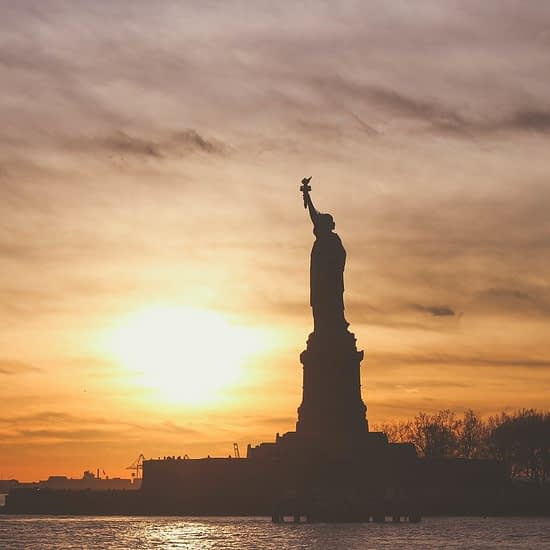 Best Monuments to see in NYC Featured Image